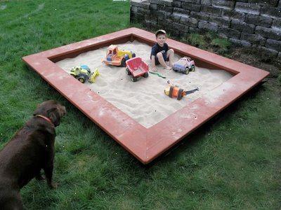 Stor sandkasse med lokk
